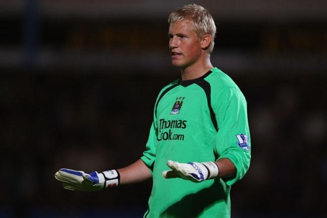 5 cầu thủ bạn không nghĩ đã từng chơi bóng tại Man City - Bóng Đá