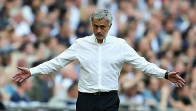Man United sẽ thi đấu với đội hình nào trước Wolves? - Bóng Đá