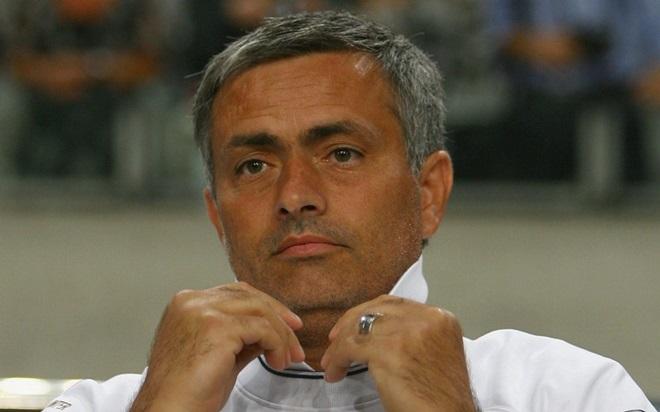 Diện mạo Mourinho thay đổi ra sau từ