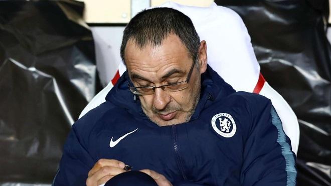 Sarri pledges to stay and improve Chelsea with full pre-season - Bóng Đá
