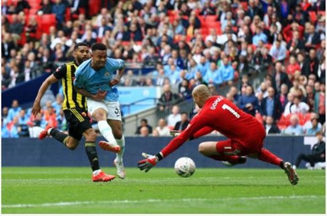 TRỰC TIẾP Man City 4-0 Watford: Jesus trừng phạt sai lầm đối thủ (H2) - Bóng Đá