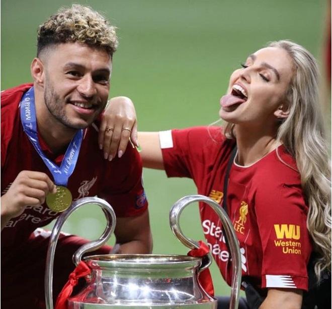 Dàn WAGS Liverpool rạng rỡ ăn mừng chức vô địch Champions League (The Sun) - Bóng Đá