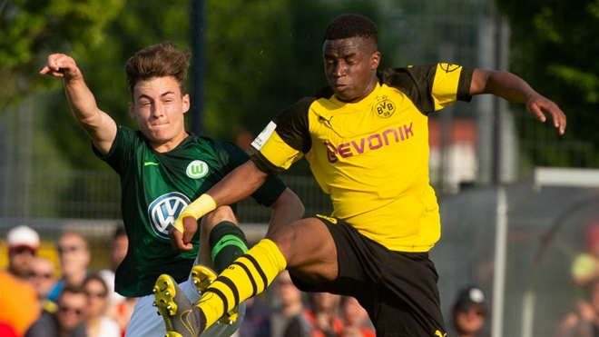 Youssoufa Moukoko - the world's next superstar striker or just another Freddy Adu? - Bóng Đá