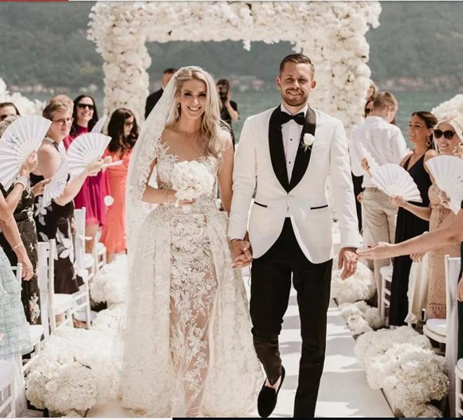 Sigurdsson đám cưới (The Sun) - Bóng Đá