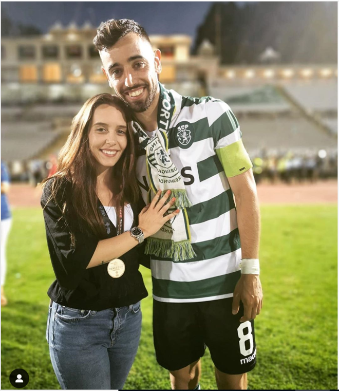 Man Utd fans already welcoming Bruno Fernandes' Wag Ana Pinho to Old Trafford amid £70m transfer battle - Bóng Đá
