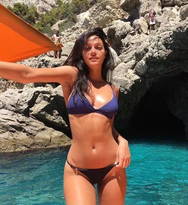 Oriana Sabatini, bạn gái Dybala (The Sun) - Bóng Đá