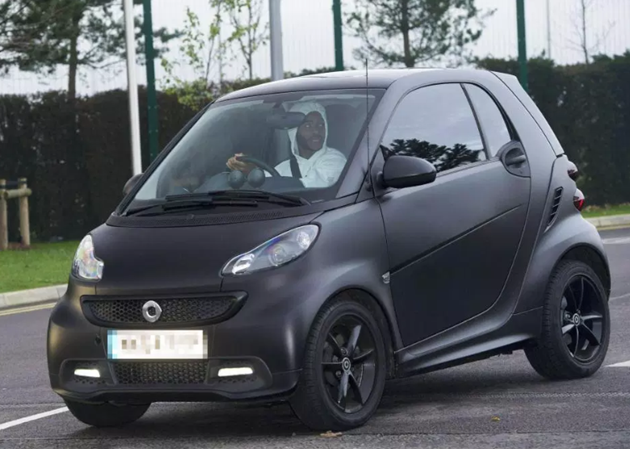 From Chelsea star N'Golo Kante's Mini Cooper to Bernando Silva's Smart Fortwo: Premier League stars who drive reasonably priced cars - Bóng Đá