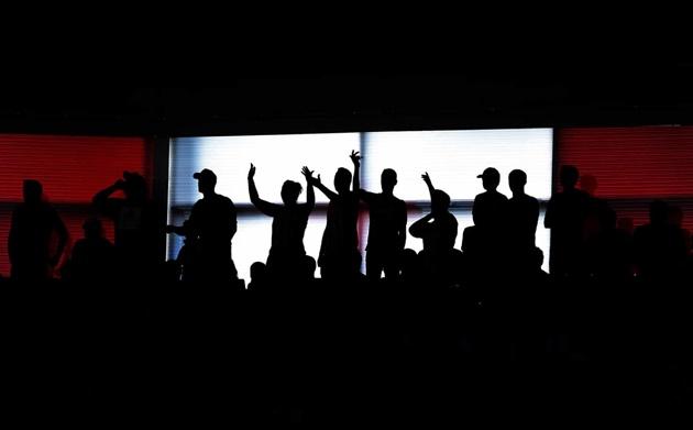 Những hình ảnh ấn tượng nhất vòng 2 EPL (The Guardian) - Bóng Đá