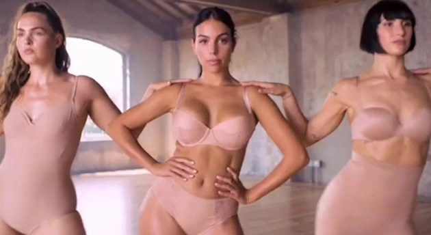 Georgina Rodriguez stuns in tiny lingerie as Cristiano Ronaldo's girlfriend launches new underwear campaign - Bóng Đá