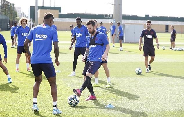 Ảnh Barcelona tập (Daily Mail) - Bóng Đá