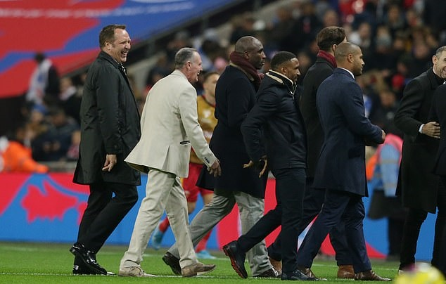 Paul Gascoigne, Wayne Rooney, Tony Adams and fellow England greats paraded on Wembley turf as Three Lions celebrate their 1,000th game - Bóng Đá