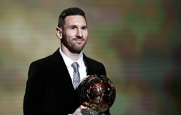 From a fresh-faced wonderkid to a bearded veteran… Lionel Messi  - Bóng Đá