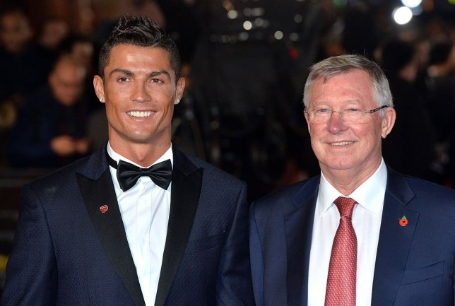 Gary Neville reveals why Sir Alex Ferguson didn't want to make Cristiano Ronaldo and Wayne Rooney captain of Manchester United - Bóng Đá