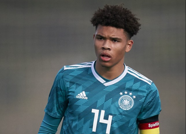 Chelsea in 'pole position' to sign Borussia Dortmund's in-demand teenager Nnamdi Collins - Bóng Đá