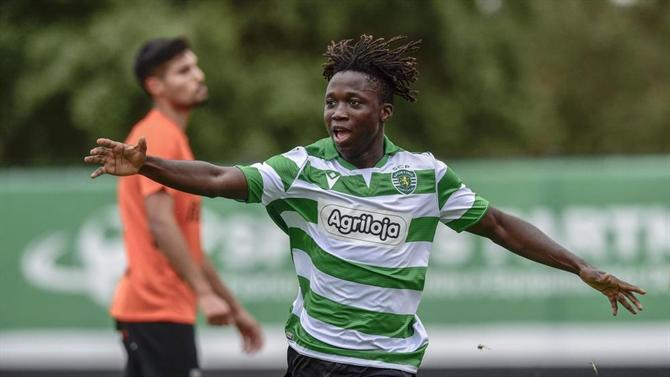 Joelson Fernandes: Teen wing wizard following in Ronaldo's footsteps at Sporting - Bóng Đá