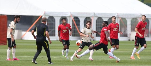 Manchester United cancel Stoke City friendly after positive coronavirus test - Bóng Đá