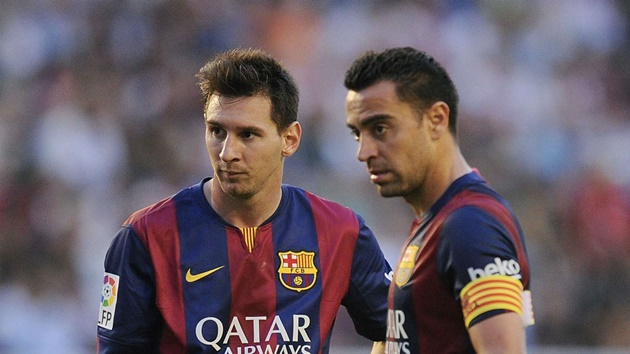 I told Xavi to go to Barcelona while the God of Football, Messi, is still there – Eto'o - Bóng Đá