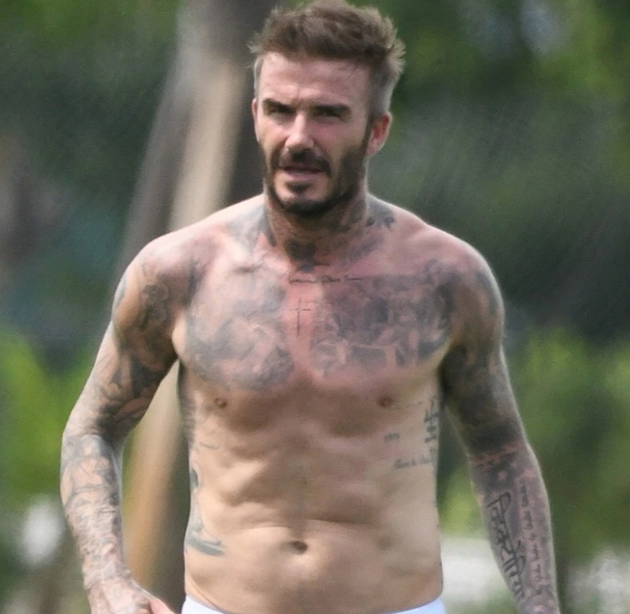 From David Beckham to Paolo Maldini, the football legends who have kept incredible body physiques after retirement - Bóng Đá