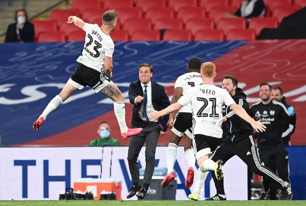 Fulham beat Brentford to make return to Premier League - Bóng Đá