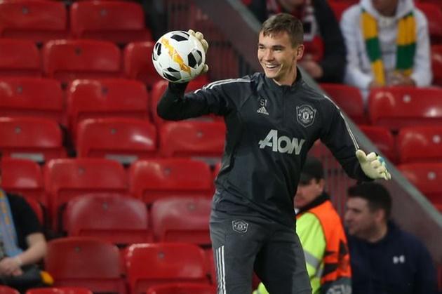 CHÍNH THỨC! Man United đẩy đi