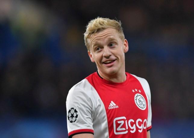 Vừa gia nhập, Van de Beek lập tức gửi thông điệp đến Fernandes và Pogba