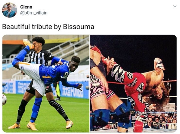 Yves Bissouma challenge compared to a wrestling move as he's sent off for backward kick in the FACE on Jamal Lewis following VAR review... - Bóng Đá