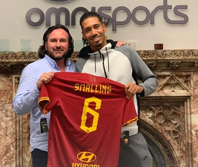 Smalling leaves Manchester United to join Roma on permanent deal - Bóng Đá