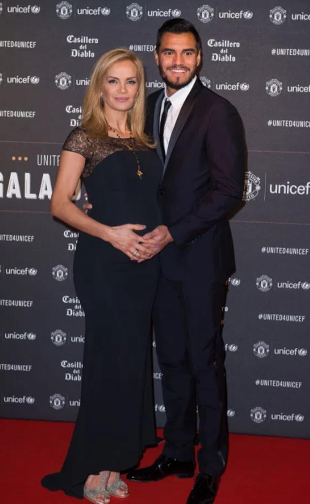 Meet Man Utd star Romero's Wag Eliana - Bóng Đá