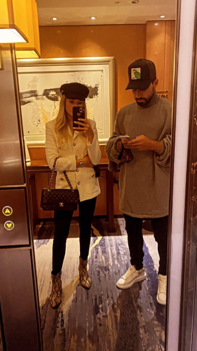 Man City star Sergio Aguero and partner Sofia Calzetti enjoy tourist trip to London - Bóng Đá