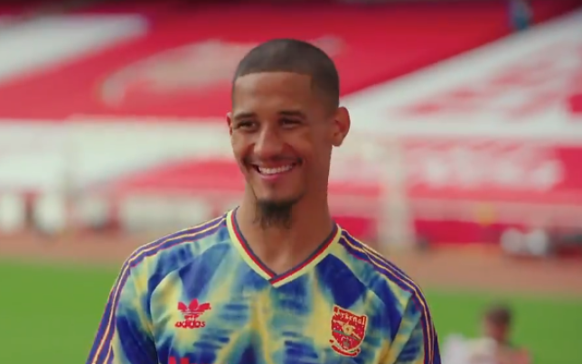 William Saliba reveals how Pierre-Emerick Aubameyang and Alexandre Lacazette have helped him since joining Arsenal - Bóng Đá