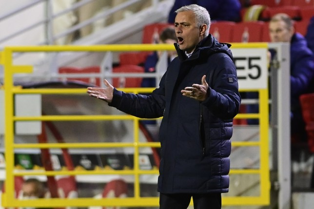 'Hope everyone in this bus is as upset as I am' – Jose Mourinho slams Tottenham stars on Instagram after Royal Antwerp defeat - Bóng Đá