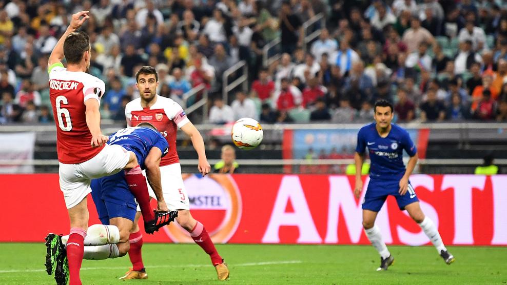 Sokratis xin lỗi người hâm mộ Arsenal sau màn trình diễn thất vọng trong trận chung kết UEFA Europa League - Bóng Đá
