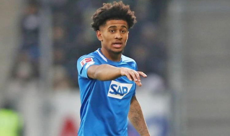 Reiss Nelson wants to fight for Gunners first-team place next season - Bóng Đá