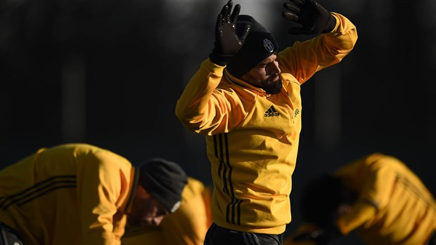Dàn sao Juventus trở lại tập luyện ngay ngày đầu năm