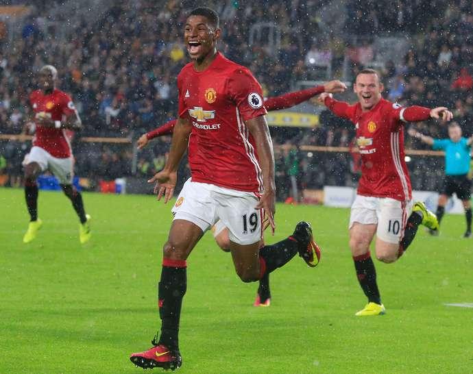 Mourinho thách Rashford đuổi kịp Rooney - Bóng Đá