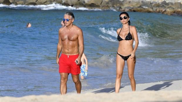 Mancini phong trần ở tuổi 52 bên bạn gái mới - Bóng Đá