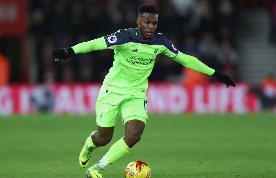 'Sao Liverpool đá như một cầu thủ hạng 2' - Bóng Đá