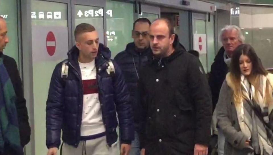 Sau nhiều sóng gió, Deulofeu đã có mặt tại Milan