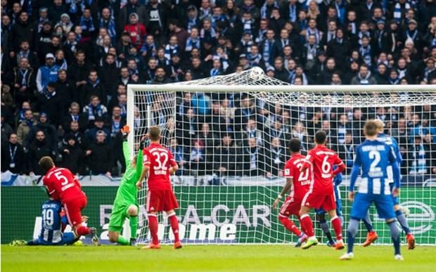 Lewandowski nổ súng đúng giây cuối, Bayern thoát thua trước Hertha
