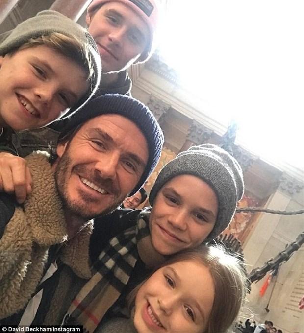 Beckham dẫn 'công chúa tuyết' đi du hí cuối tuần
