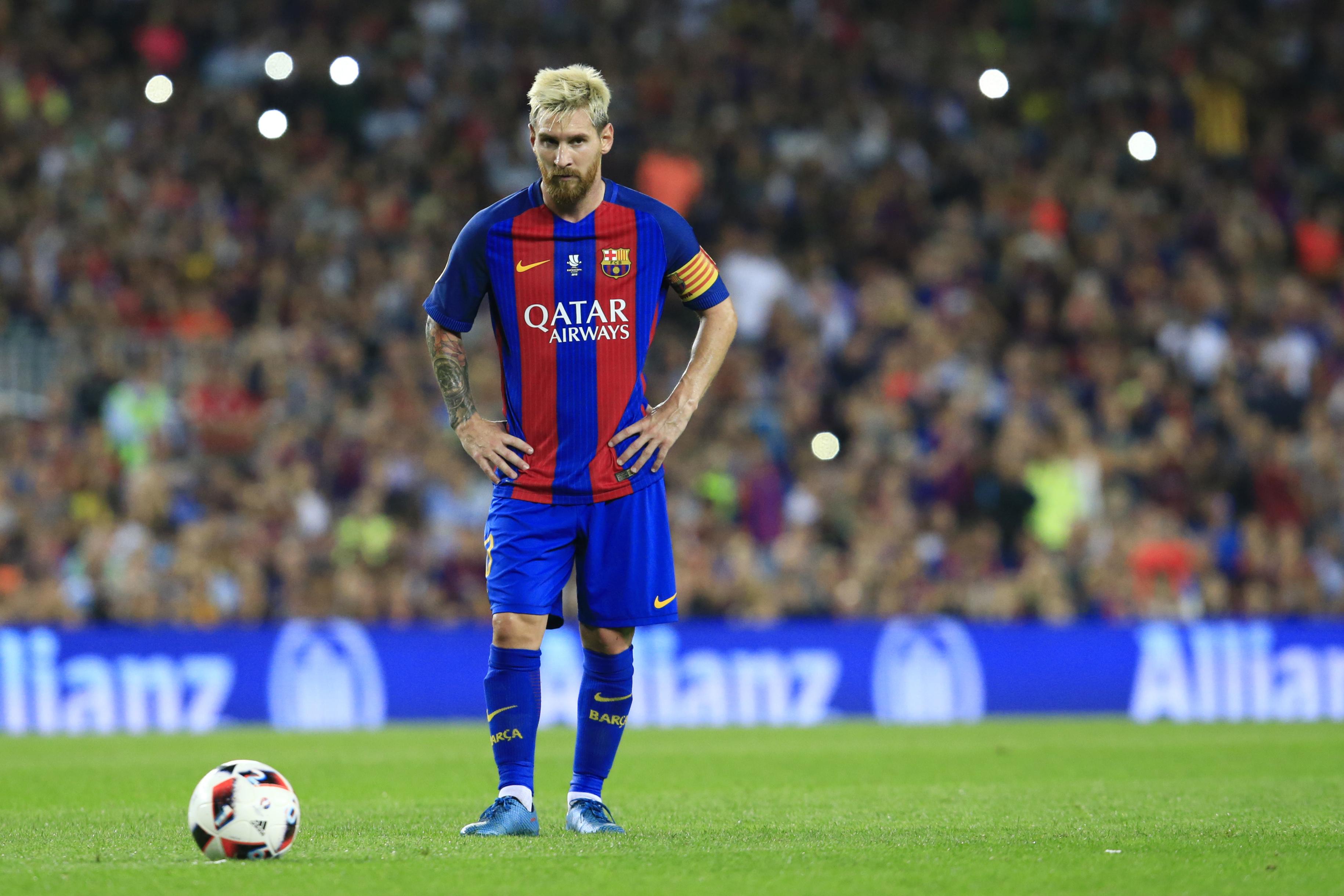 Messi - Sanchez: Sự trái ngược của 2 số phận
