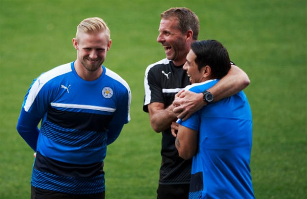 Mặc khủng bố, tiếng cười vẫn rộn ràng trong buổi tập của Leicester - Bóng Đá