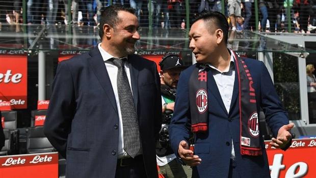 Sếp mới của Milan tiếp tục thị sát buổi tập của Milan - Bóng Đá