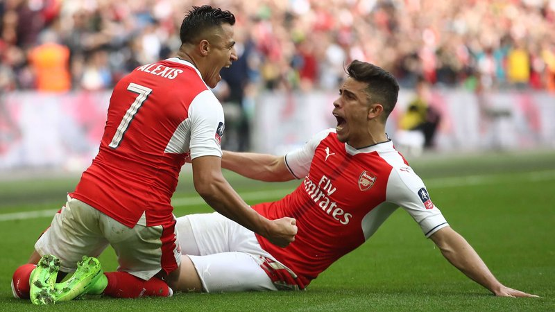 Tin vui cho Arsenal, Wenger khẳng định Sanchez sẽ ở lại