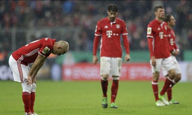Gần 2 thập kỷ, Bayern mới bết bát như hiện nay - Bóng Đá