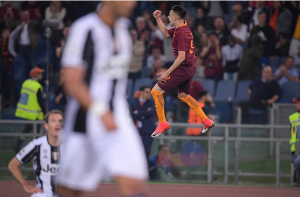 Juventus thua sốc Roma, Serie A có biến - Bóng Đá