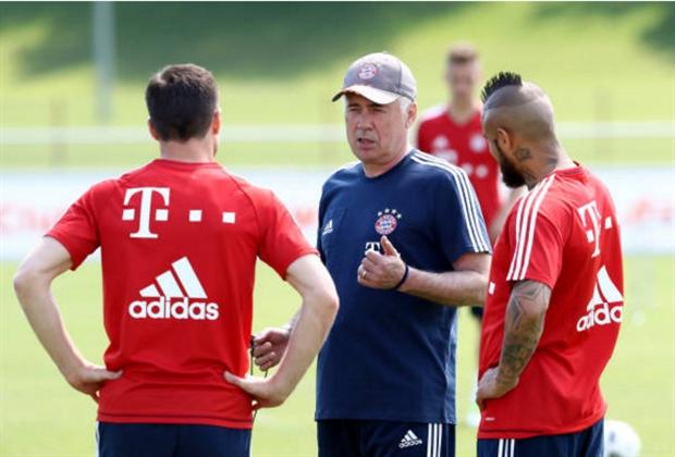 Trước trận đấu cuối, con trai thay Ancelotti chỉ đạo Bayern tập luyện - Bóng Đá