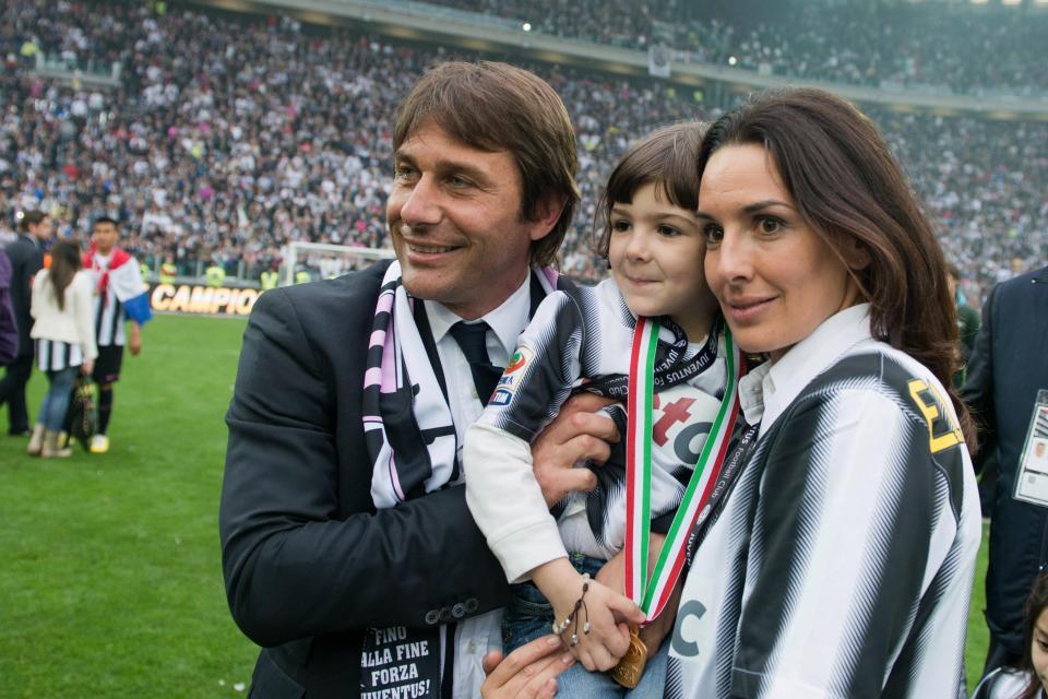 Nóng: Nếu vợ không đồng ý, Conte sẽ chia tay Chelsea - Bóng Đá