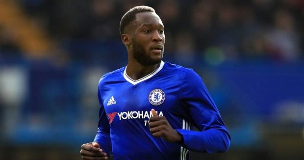 Lukaku xuất hiện trên sân của Chelsea, tương lai đã rõ?