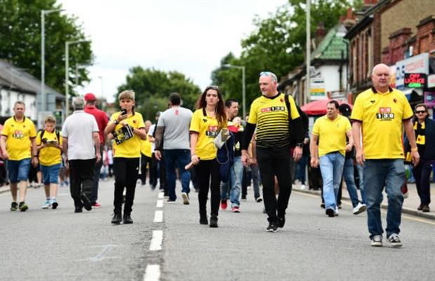 Dàn sao Liverpool đã tới Vicarage Road, chuẩn bị mở tiệc - Bóng Đá